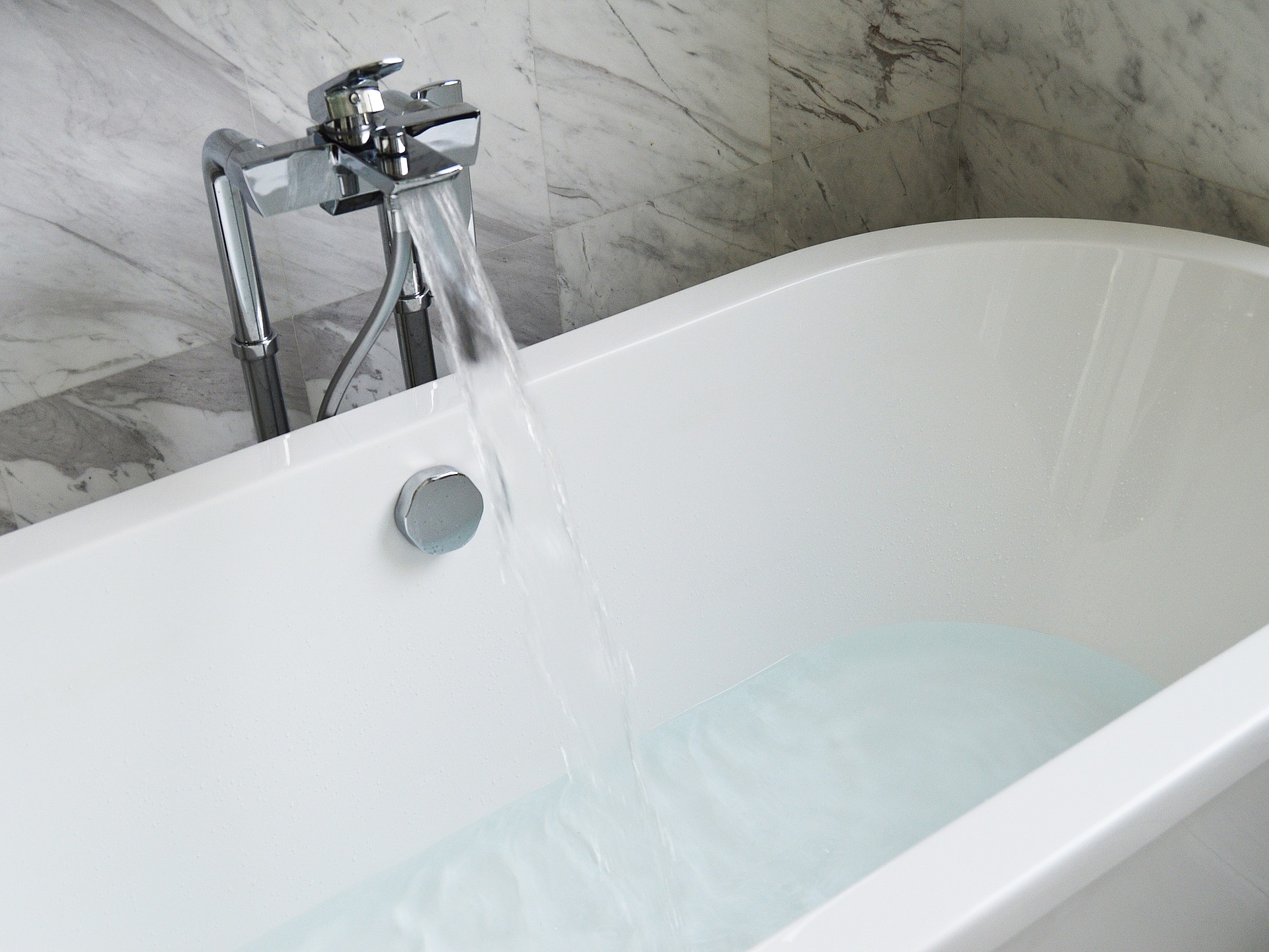 Questions to ask when choosing taps for your bathroom